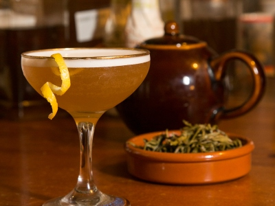 Jasmine Gimlet Tea cocktail