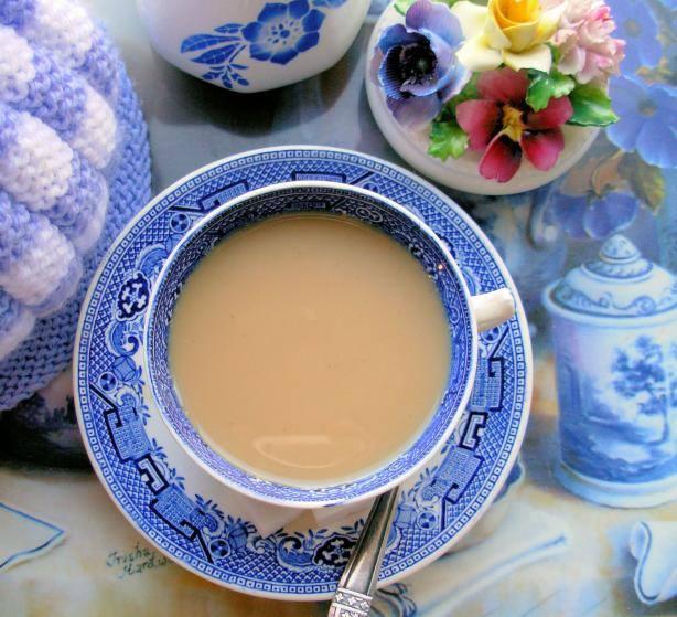 Tazza di tè al latte