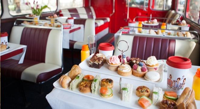 Bus Afternoon Tea Tour- vassoio