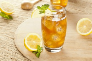 iced-green-tea-with-mint