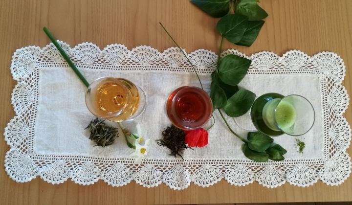 il tè e i colori della nostra bandiera messi in ordine di sapore