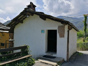 Scuoletta Odin-Bertot a Angrogna, vicino a Torre Pellice (TO)