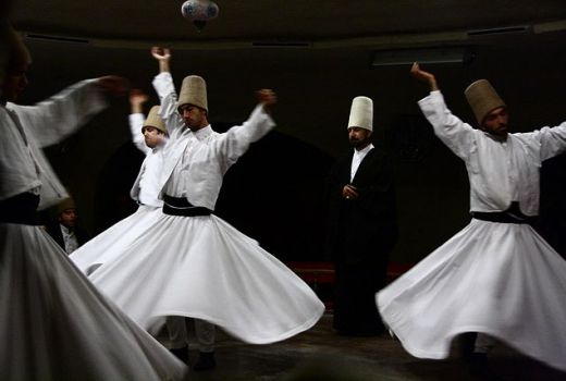 Sufi che ballano